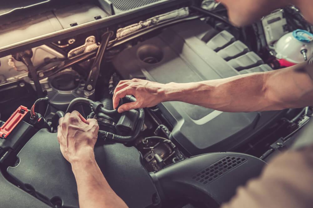 Kā parūpēties par savu auto karstajā laikā?