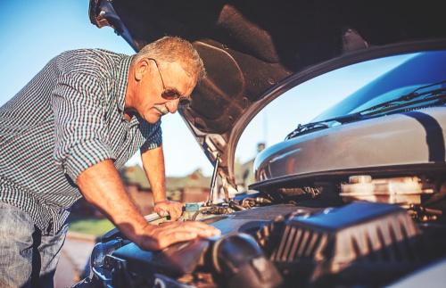 Kā rīkoties, ja auto pēkšņi nevar iedarbināt?