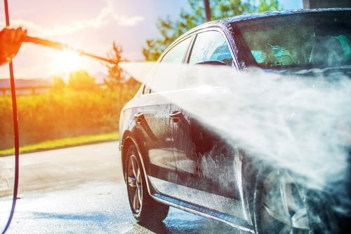 Kā uzlabot auto vizuālo izskatu paša spēkiem?
