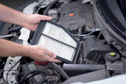 Kad jāmaina auto gaisa filtrs?